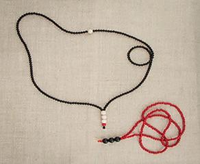 collana di granato ,radice di rubino e argento marocchino